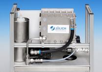 Einheit mit Direktmethanol-Brennstoffzelle (DMFC) für die Versorgung von Service-Robotern. Quelle: Forschungszentrum Jülich
